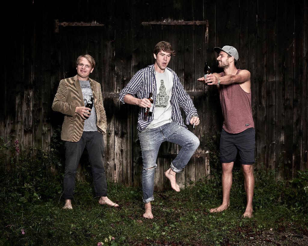 Oimara mit Band
